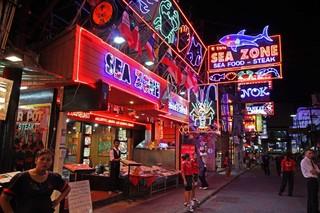 學生必旅泰國~High翻曼谷芭達雅、兩次出海、大頭蝦燒烤吃到飽8日(華航、無購物)