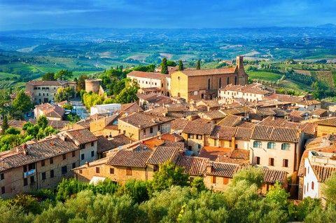 UNI假期~情定義大利、羅馬深遊、托斯卡尼山城、威尼斯三島、卡布里島、蘑菇村、十大美味風情美饌13日