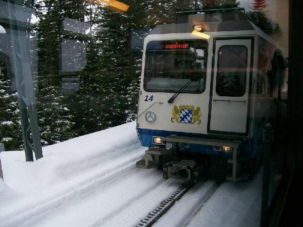 楚格峰齒軌登山火車