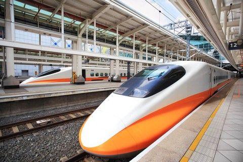 【送小費】魅力歐洲~荷德波斯匈12日-東歐密境-中段、雙高鐵