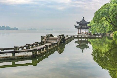 【中國世家】太湖月亮灣、禪意小鎮、愜意江南 五日[含稅]