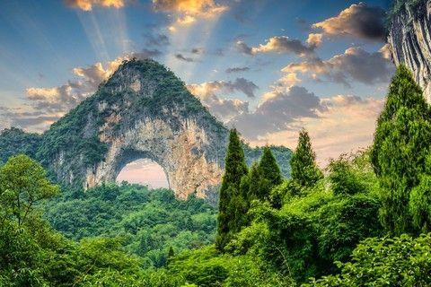 《中國世家》絕美桂林〜陽朔美景、鑽石水道、印象劉三姐精選6日