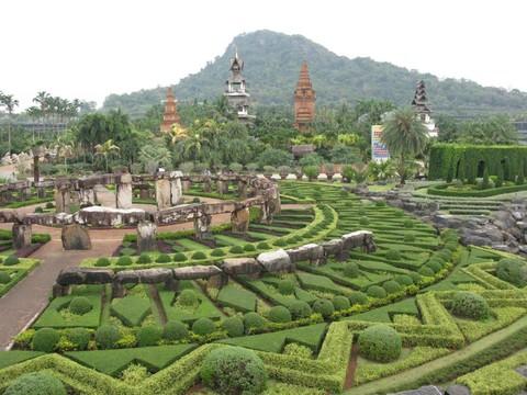 《寒假預購折$2,000》經典享趣泰國~東芭樂園、與象有約、五星海景饗宴、河畔夜市5日(含稅)