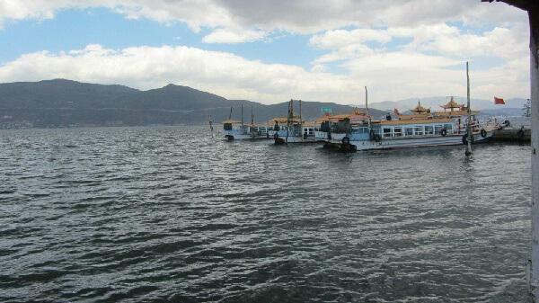 洱海湖遊船