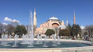 土耳其蕃紅花城洞穴旅館雙飛雙皇宮12日 (送熱氣球;吉普車遊;佩拉宮下午茶)