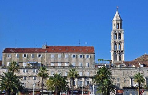 聖多米努斯大教堂及鐘樓