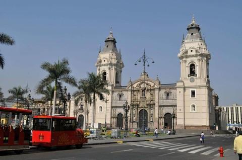 《南美三國》秘魯x玻利維亞x智利:馬丘比丘、的的喀喀湖、天空之鏡、復活節島精選18日