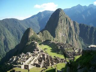 《中南美金質獎》獨家創意:秘魯!中文導遊、世界50大餐廳、烹飪課程、印加祈福占卜14日