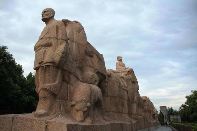 絲綢之路群雕