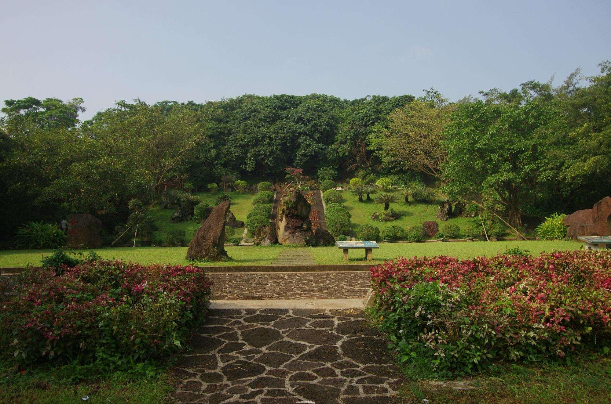 《輕旅行》海南島渡假風情5日◆入住五星三亞海景房(無購物)