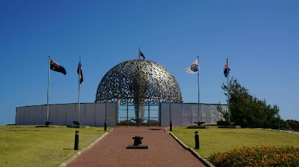 皇家海軍雪梨號紀念碑