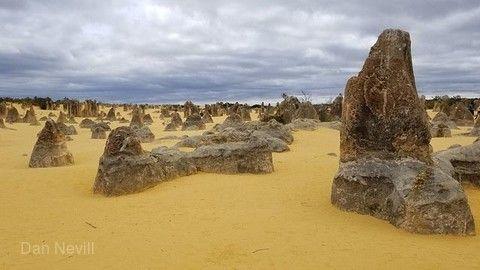 【主題旅遊】奇幻西澳~羅特尼斯島小袋鼠、粉紅湖小飛機、世界之窗、尖峰石陣滑沙、天鵝之城柏斯8日