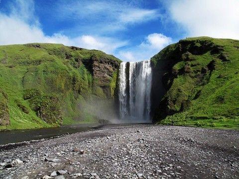 《春節預購》冰島奇幻極光~藍湖泡湯、冰河健行、冰河湖、黑沙灘、倫敦輕旅行8日