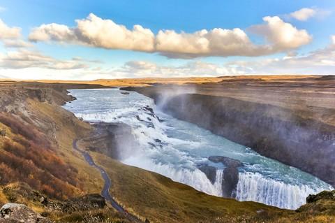 魅力歐洲【北歐冰島倫敦9日】~長榮直飛、賞極光遊船、金環三合一、雪上摩托車、騎馬體驗、冰河健行~