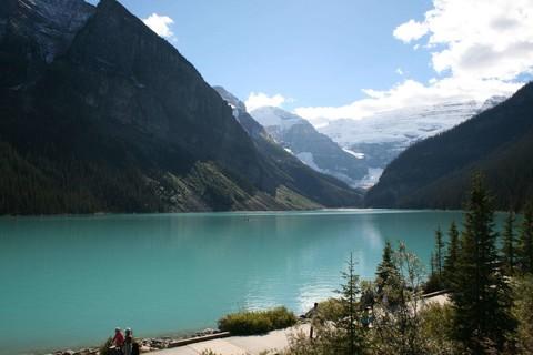 LINE@冬戀洛磯山脈.露易絲湖城堡、白角山纜車、溫哥華8天