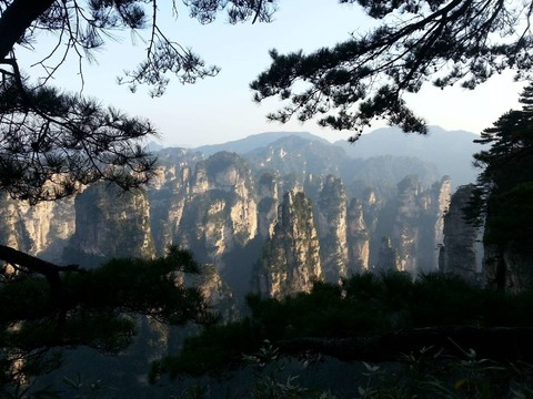 湖北武漢湖南張家界、鳳凰古城、玻璃橋8日(升等喜來登、三排椅WIFI)