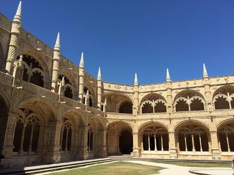 魅力歐洲~熱情西班牙葡萄牙、8晚五星、方舟飯店、AVE頭等艙、英屬直布羅陀、17大風味、佛朗明哥、雪莉酒莊14日