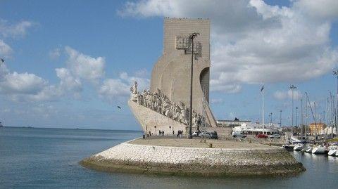 航海發現紀念碑