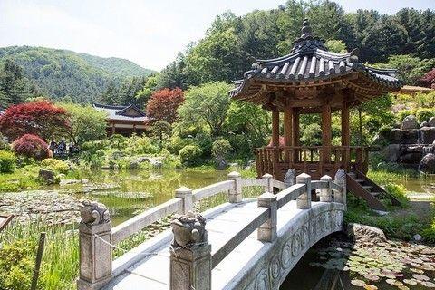 【升等2晚市區】✪楓の秋~韓國內藏山、大屯山、小希臘村、N首爾塔5日