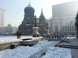 哈爾濱雪世界~伏爾加莊園、冰宮火鍋、極地館、冰雪大世界、體驗哈瀋高鐵六日