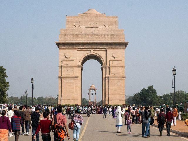 德裏印度門