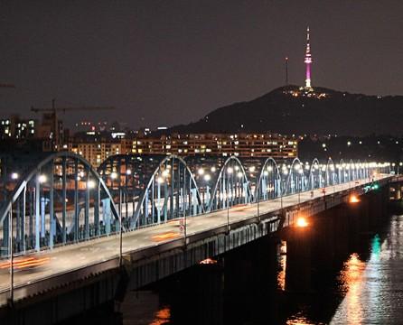【升等市區飯店】繽紛韓國~滑雪、愛寶、超萌KAKAO下午茶、星光村5日