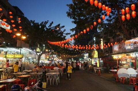《連休強打》大紅花海上VILLA(一房一泳池)、馬六甲文化遺產、亞羅街夜市5日(含稅)