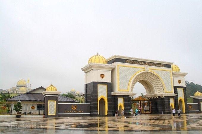 《五大保證》旗艦馬來西亞~全程五星酒店、大紅花海上VILLA、熱石SPA療程、英式下午茶5日(無購物)