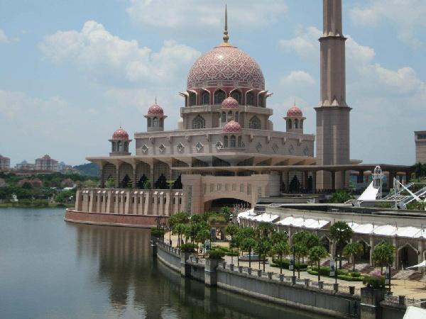 吉隆坡、怡保5日-泛亞鐵路鮮體驗、適耕庄稻米之鄉DIY、怡保迷失樂園、溫泉水世界