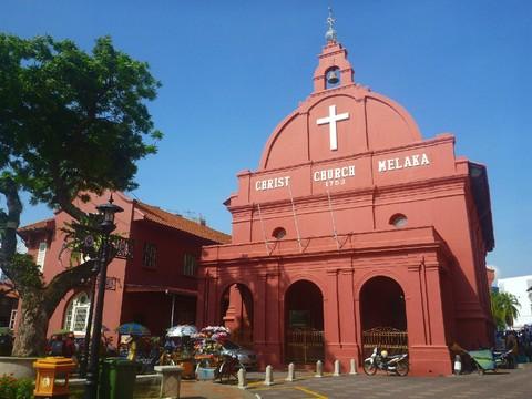 超值蘭卡威~東方村纜車、艷陽三離島、泰迪熊博物館、蟲鳴大地、喬治城魔鏡五日