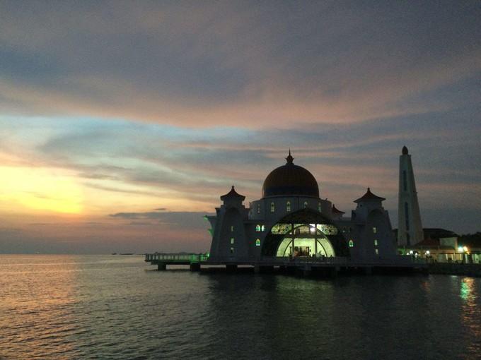 馬六甲海峽清真寺