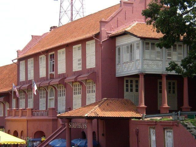 《非去不可》經典馬來西亞雙水上渡假村~大紅花海上VILLA、棕櫚渡假村X啤酒紅酒無限暢飲、翱翔熱氣球5日