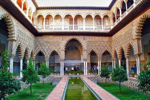 「魅力歐洲」五星西班牙11日~雙五星、國營旅館、百年餐廳、佛朗明哥舞、白色風車村、高第建築之旅