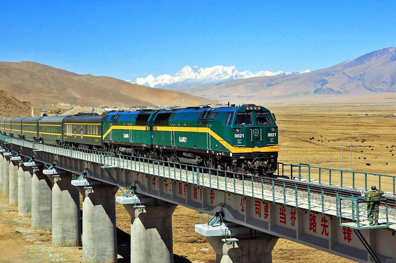 心靈西藏-林芝、前藏、後藏+青藏鐵路 五★香格里拉9日
