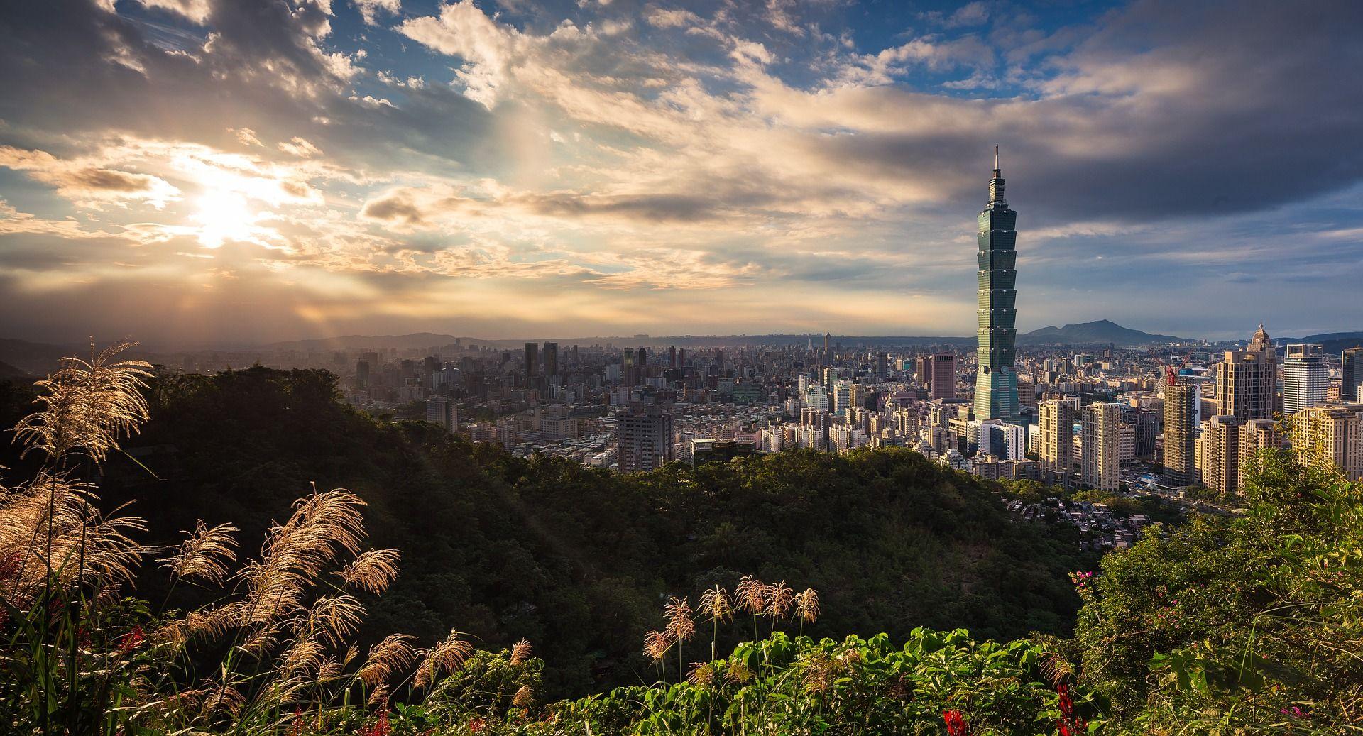 日本、中國和台灣之旅 14晚航程(名人 千禧號)