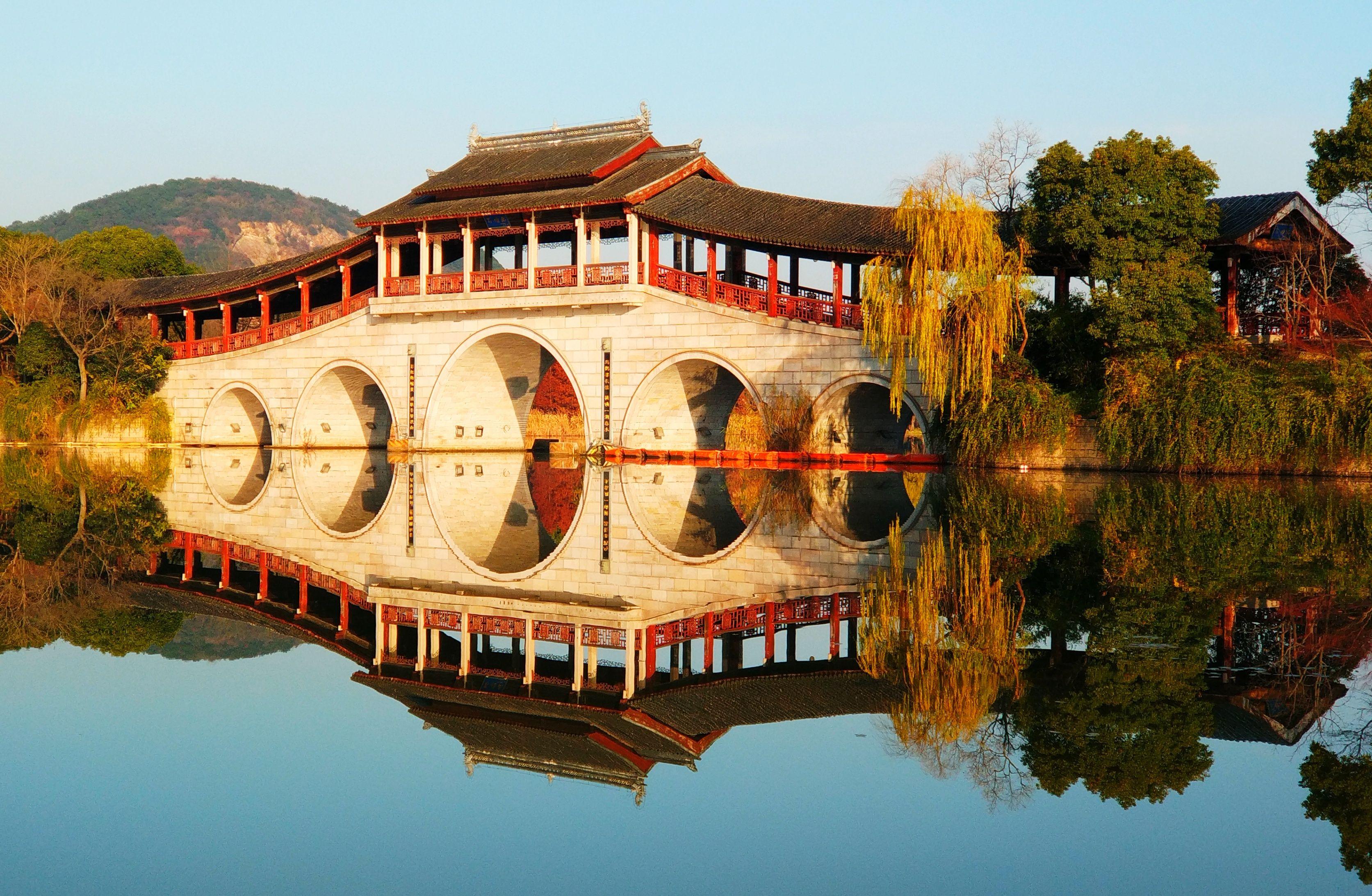 上海蘇州無錫南京揚州全覽豪華七天 無自費行程