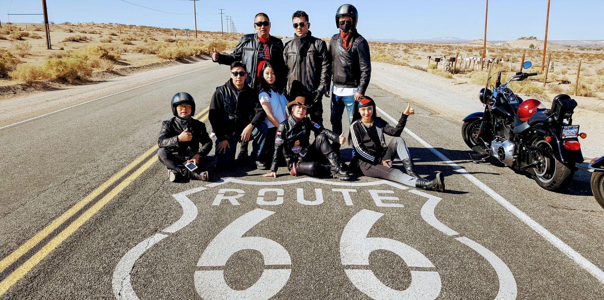哈雷假期 : 經典66公路- 南加州- 拉斯维加斯- 大峡谷國家公園- 西部重機旅行。