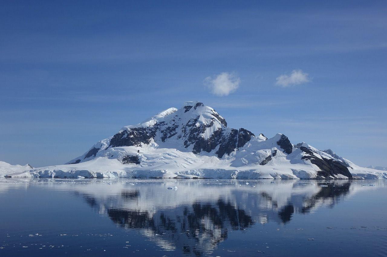 南極探險-烏斯懷雅號 USHUAIA