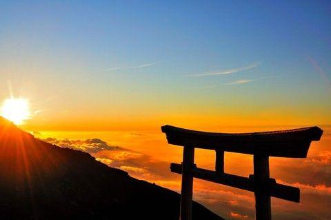 《JTB|日本NO.1王者》2018富士山制霸登頂 淺草箱根蘆之湖石和溫泉 五日(專業中文雙登山嚮導)/ 東京進出住橫濱