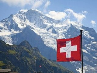 愛上峰頭 瑞士四大名峰10天